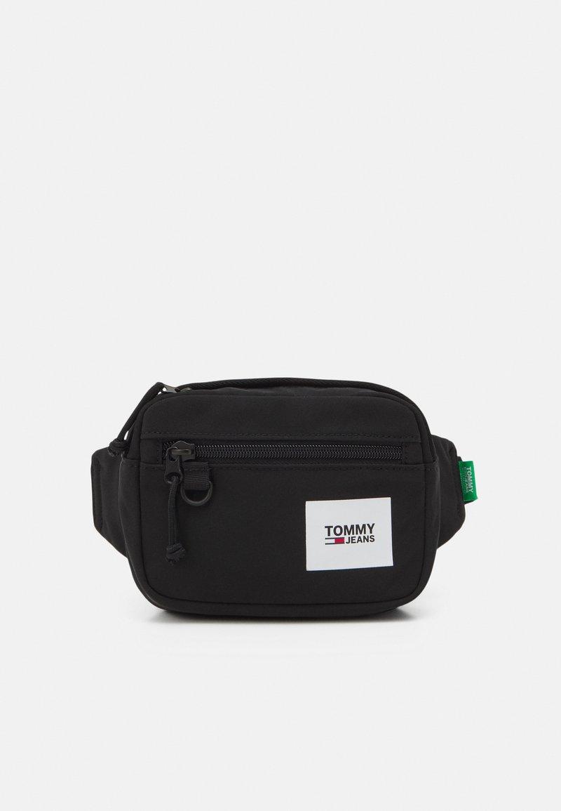 Tommy Jeans - URBAN ESSENTIALS BUMBAG - Bum bag - black