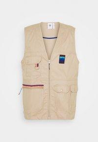 adidas Originals - GILET SPORTS INSPIRED REGULAR VEST - Waistcoat - trace khaki - 3
