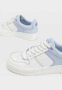 Stradivarius - Sneakers laag - blue - 4