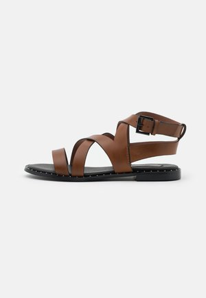 HAYES ROAD - Sandals - tan