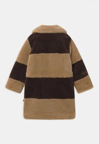 Mini Rodini - E.T. STRIPED FAUX FUR COAT UNISEX - Winter coat - beige - 1