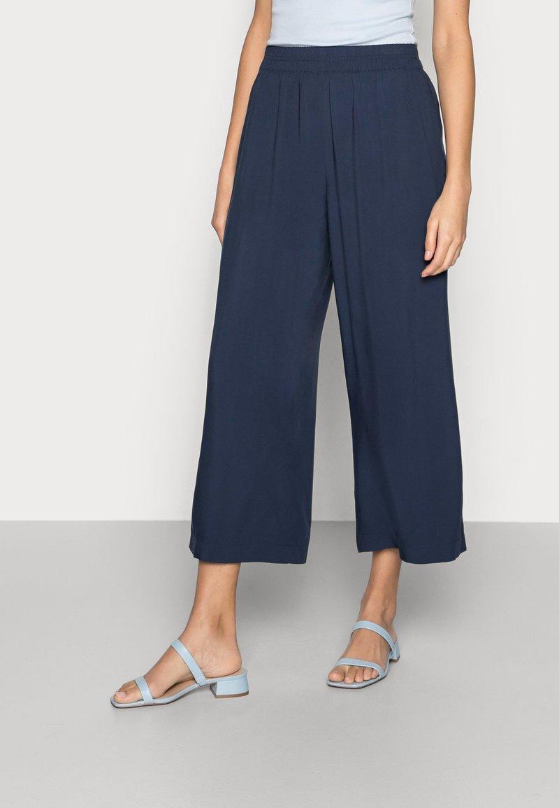 Esprit - FLOATY PANTS - Trousers - navy