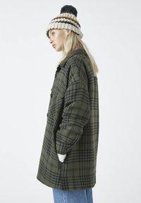 PULL&BEAR - Summer jacket - green - 3