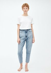ARMEDANGELS - MAIRAA - Jeans Tapered Fit - faded blue - 1
