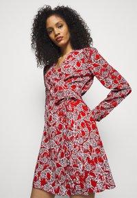 Diane von Furstenberg - SAVILLE - Vapaa-ajan mekko - lace red - 3