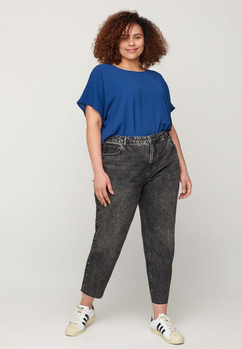 Zizzi - FIT MILLE  - Jeans Tapered Fit - grey