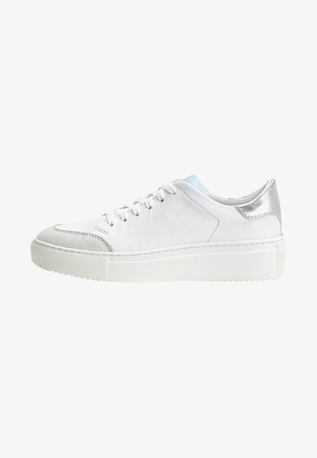 Sneakers laag - white light blue wle