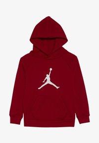 Jordan - JUMPMAN LOGO PULLOVER - Huppari - gym red - 2