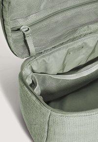 OYSHO - Wash bag - light green - 4