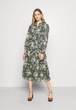 VMMIA CALF DRESS - Day dress - laurel wreath