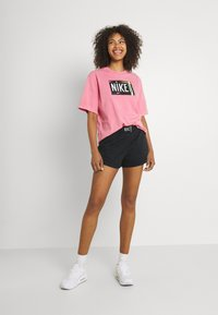 Nike Sportswear - WASH  - Shorts - black - 1