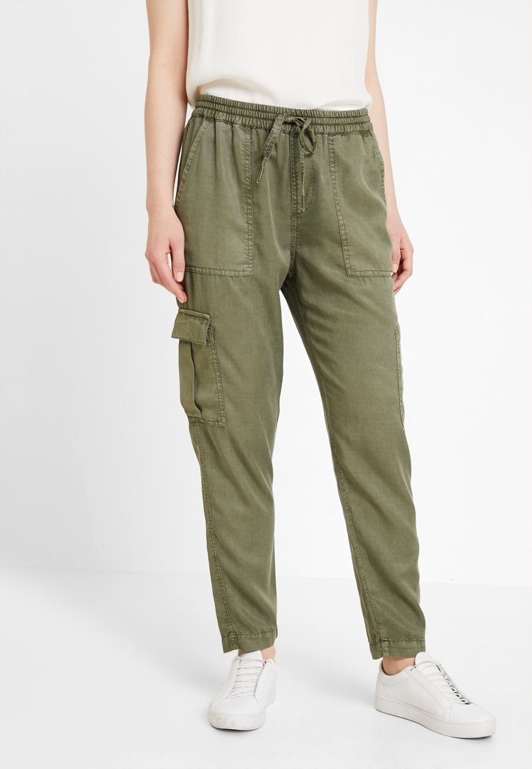 Opus - MUNDINI - Trousers - oliv green