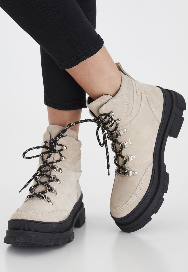 ICHI - Lace-up ankle boots - tapioca