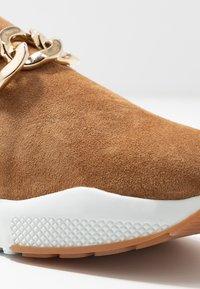 Billi Bi - Scarpe senza lacci - dark beige - 2