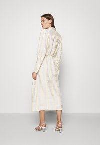 IVY & OAK - BECCA - Day dress - beige check - 2