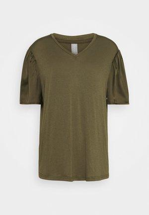 GILA V-NECK - Basic T-shirt - tarmac