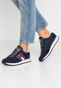 Tommy Jeans - WMNS CASUAL RETRO  - Sneaker low - blue - 0