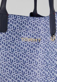 Tommy Hilfiger - ICONIC TOTE MONOGRAM - Tote bag - blue - 5