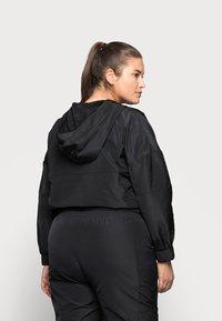 Noisy May Curve - NMKAJA HOOD - Summer jacket - black - 2