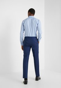 HUGO - HARTLEYS - Oblekové kalhoty - medium blue - 2