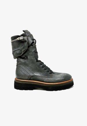 Platform ankle boots - smoke
