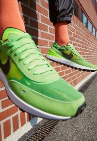 Nike Sportswear - WAFFLE ONE - Trainers - electric green/black/mean green/hyper crimson-white-orange - 2