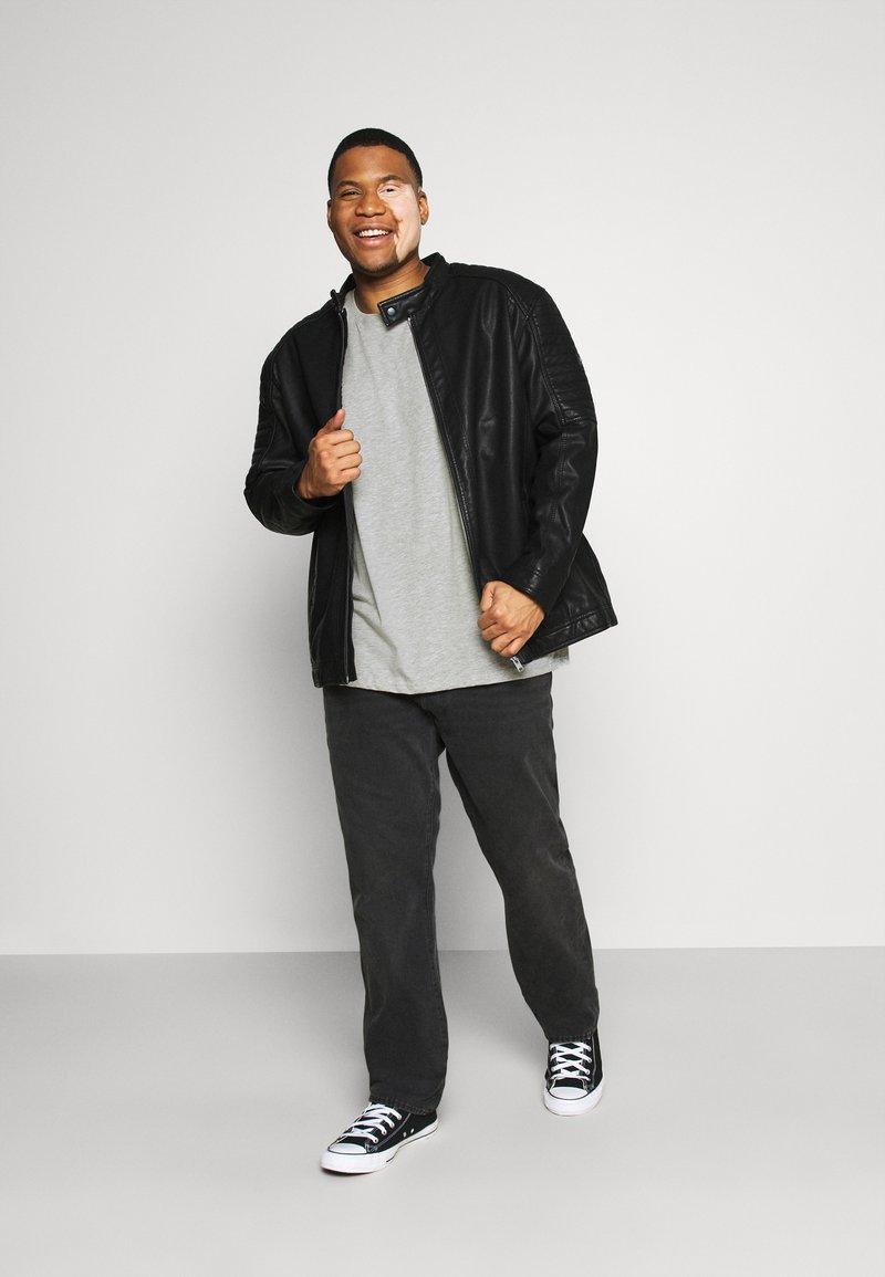 Pier One - 5 PACK - Basic T-shirt - khaki/grey/dark blue