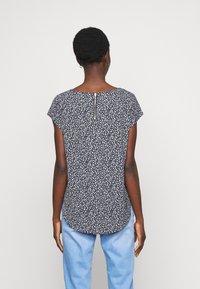 ONLY Tall - ONLVIC - Print T-shirt - black - 2