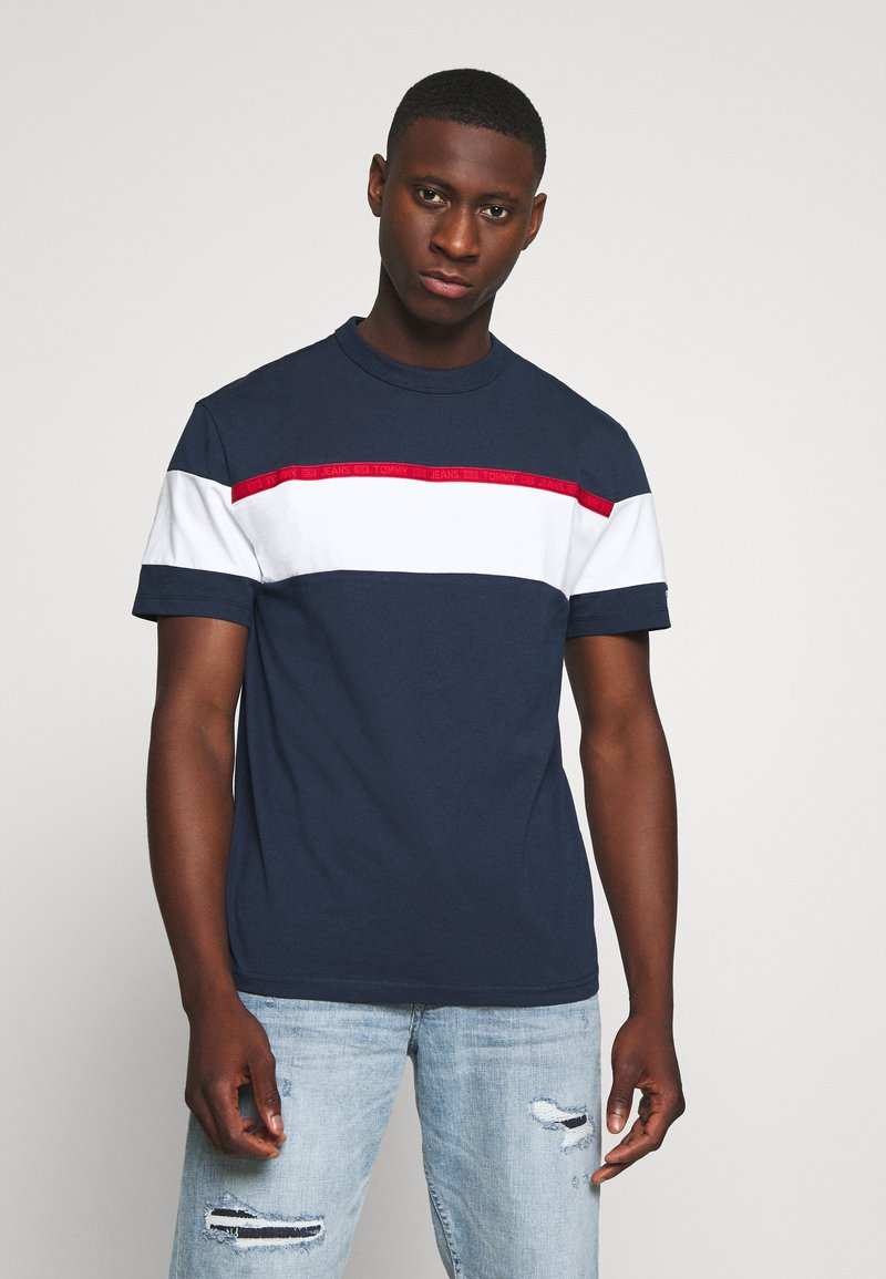 Tommy Jeans - BOLD STRIPE TAPE TEE - Print T-shirt - twilight navy / multicolor