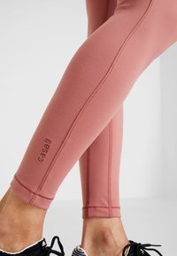 Casall - CORE  - Leggings - calming red - 3