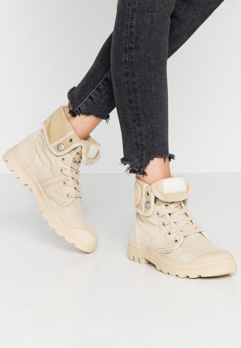 Palladium - PALLABROUSE BAGGY - Lace-up ankle boots - sahara/safari