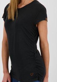 alife & kickin - Basic T-shirt - moonless - 3