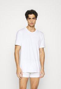 Nike Underwear - CREW NECK 2 PACK - Undershirt - white - 0