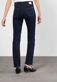 MAC Jeans - MELANIE - Straight leg jeans - dark rinsed - 2