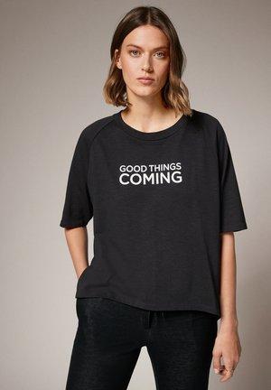 MIT SCHRIFTPRINT - Print T-shirt - grey