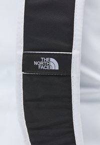The North Face - BASE CAMP DUFFEL IC - Sports bag - white/black - 8