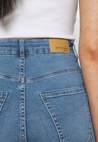Gina Tricot - Denim shorts - mid blue - 5