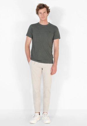 SKULL  - Basic T-shirt - khaki
