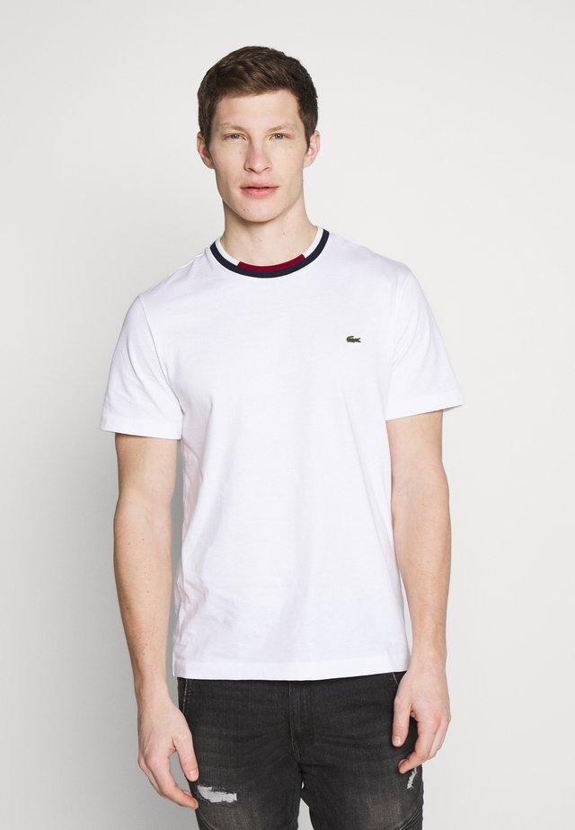 Basic T-shirt - white/navy blue/bordeaux