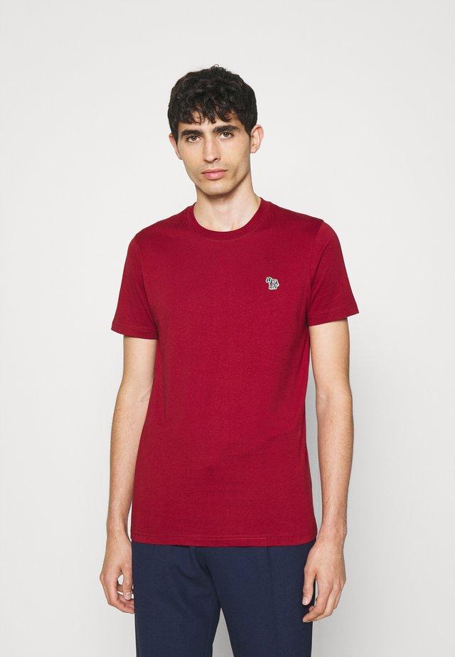 ZEBRA BADGE UNISEX - Jednoduché triko - dark red