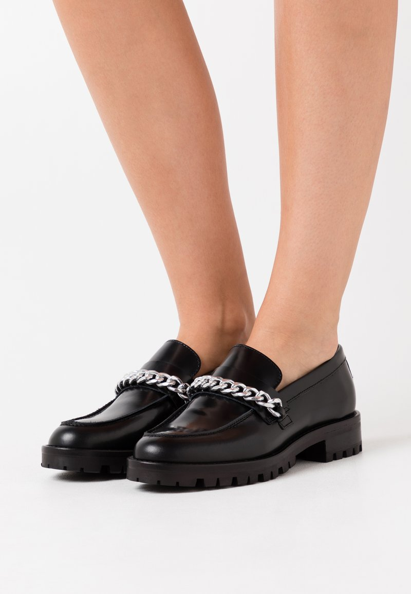YAS - OXFORD SHOES - Slippers - black