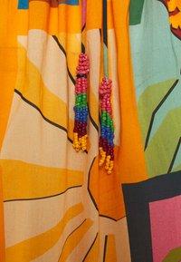 Farm Rio - COLLAGE MIDI DRESS - Day dress - tropical - 2