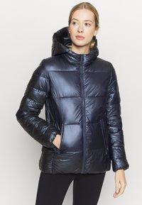 Champion - HOODED JACKET LEGACY - Zimní bunda - dark blue - 0