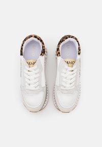 Liu Jo Jeans - SUPER MAXI - Sneakersy niskie - white - 5