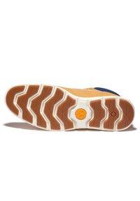 Timberland - KILLINGTON CHUKKA - Lace-up boots - wheat nubuck w cord - 4