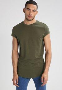 YOURTURN - Basic T-shirt - oliv - 0