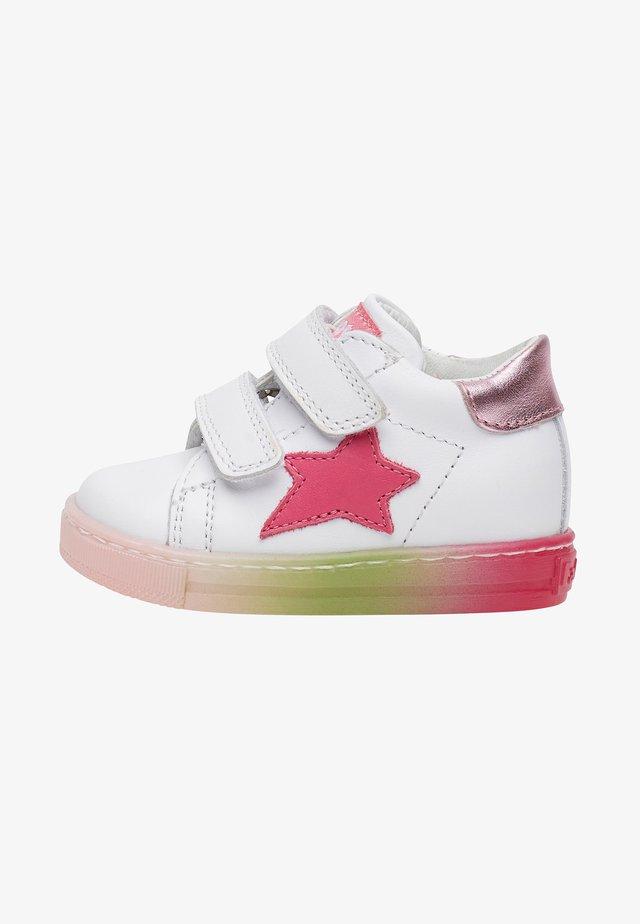 SASHA VL - Chaussures premiers pas - white