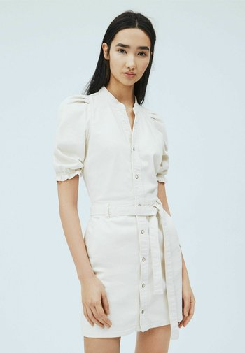 DORY - Shirt dress - blanco off