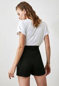 Trendyol - Shorts - black - 1