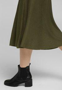 Esprit Collection - A-line skirt - khaki green - 4